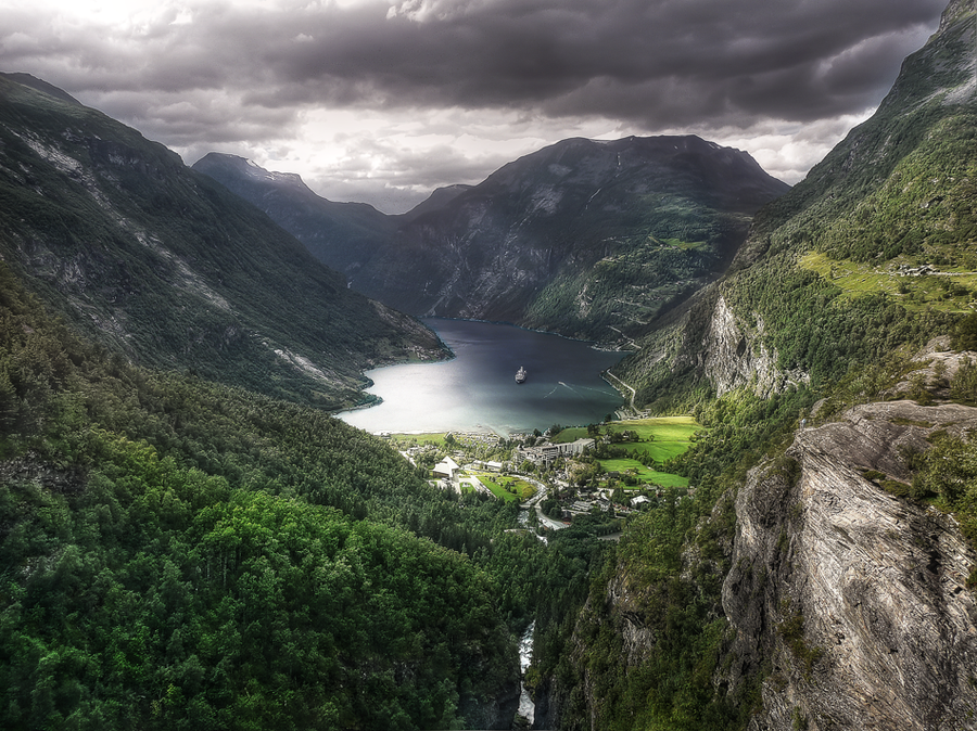 norway-the-geiranger-fjord-hdr-photography