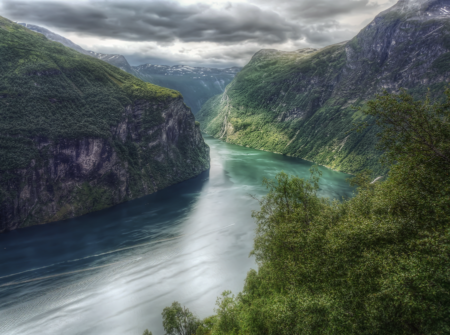 Der Geirangerfjord HDR