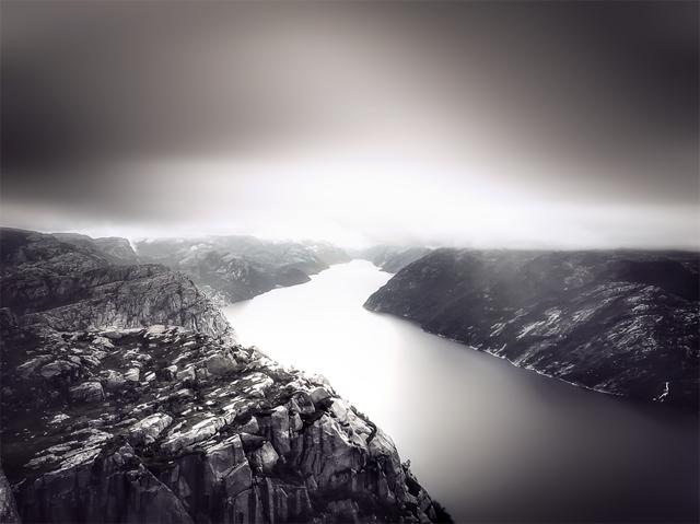 Preikestolen in Norwegen (Vorher-Nachher-Bild)